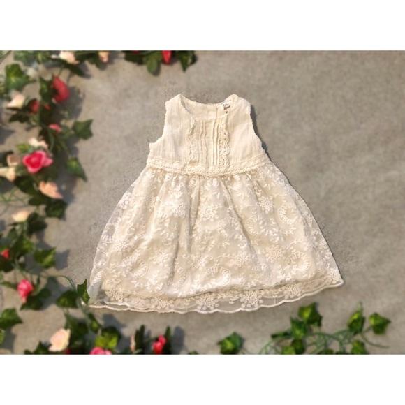OshKosh B'gosh Other - White/Cream Lace Ruffle Dress